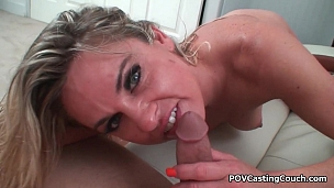 MILF Amanda Blow in action